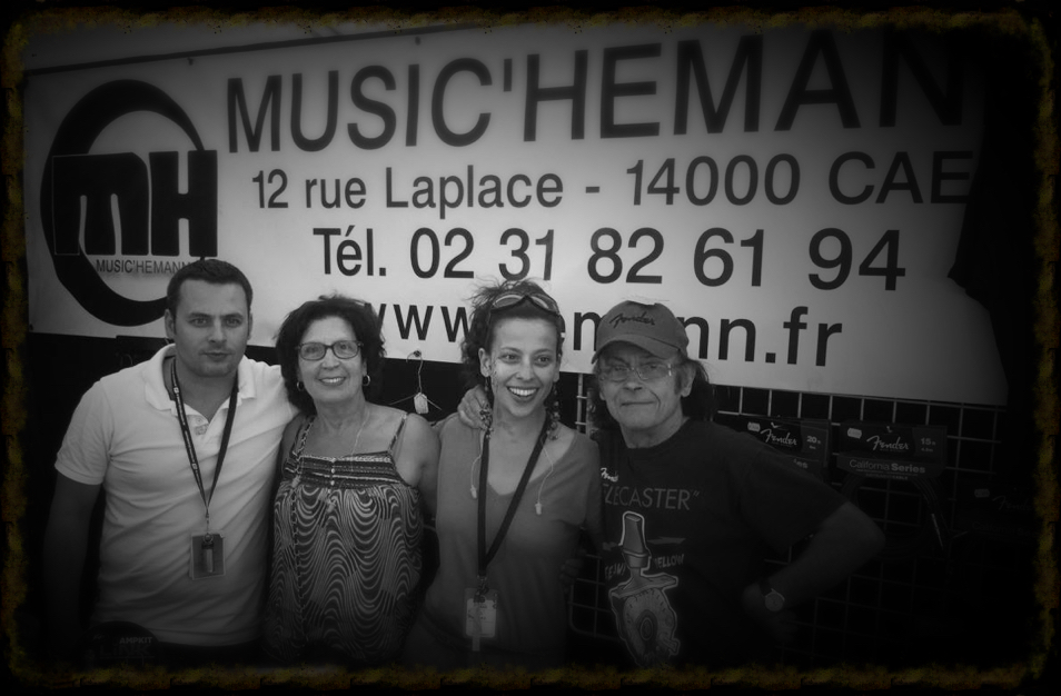MH-magasin-musique-caen-music-hemann-piano-family