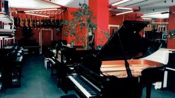 10-music-hemann-historique-entreprise-magasin-musique-caen
